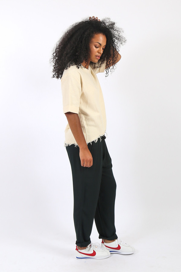 Black Crane Wide Top