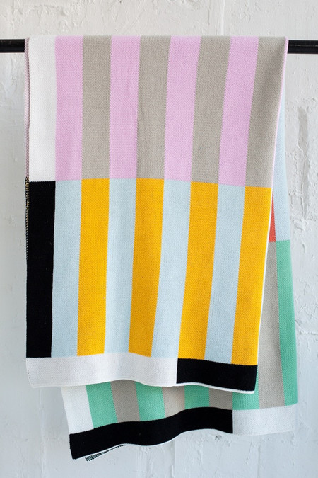 Dusen Dusen Stripes Throw