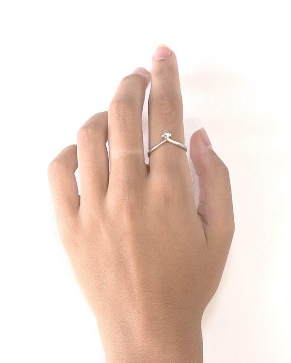 Minoux Little Arrow Ring