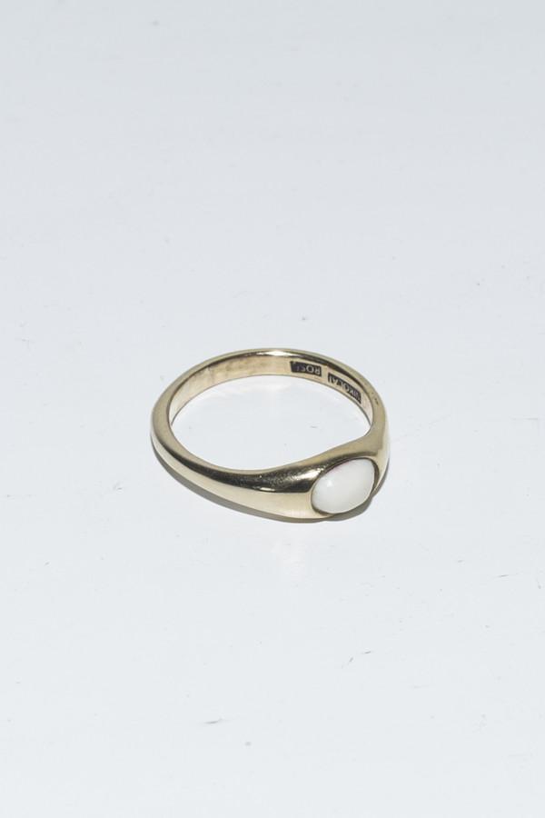 Nikolai Rose Bone Round Set Ring