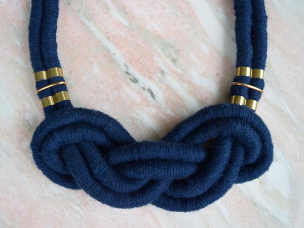 Sacred Knots Cloud Knot