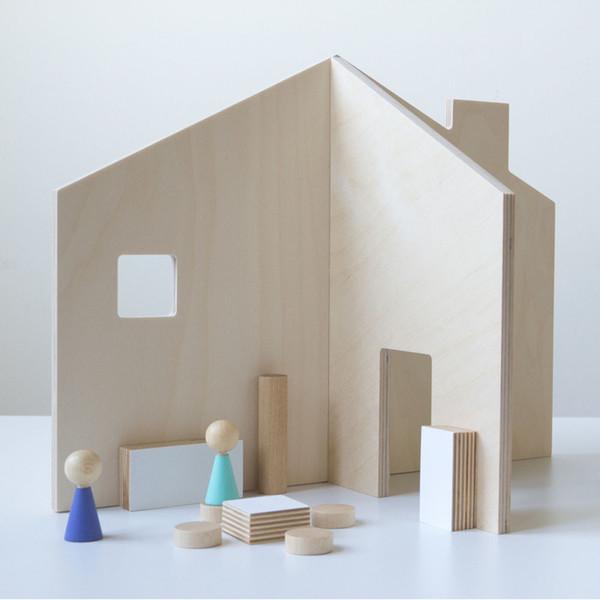 DES ENFANTILLAGES HOUSE IN A BAG