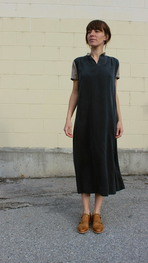 Sunja Link contrast yoke dress