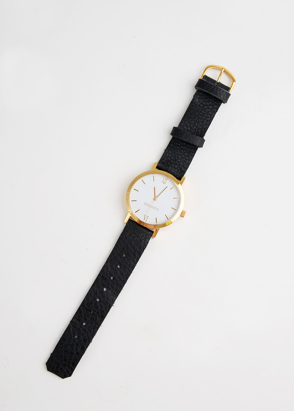 Berg + Betts Gold Round Watch in Black