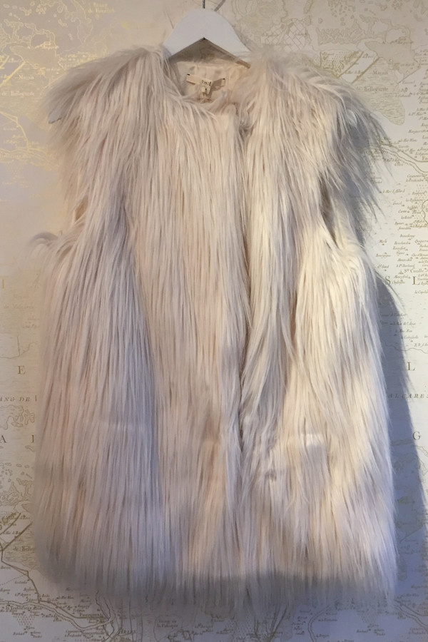 Rhié Faux Fur vest