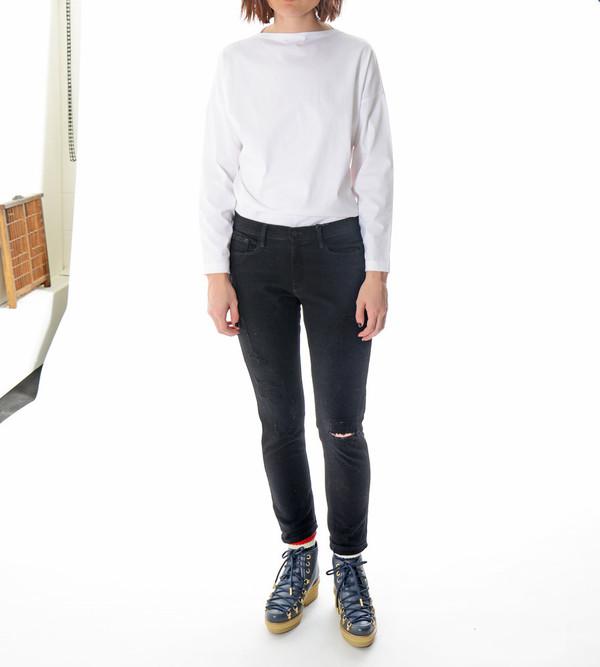 FRAME Denim Le Garcon Rip in Rip Noir Jeans
