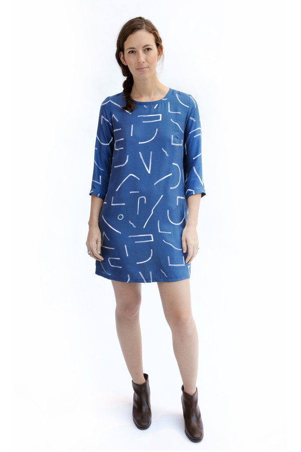 Dusen Dusen Blue Lines Three Quarter Dress