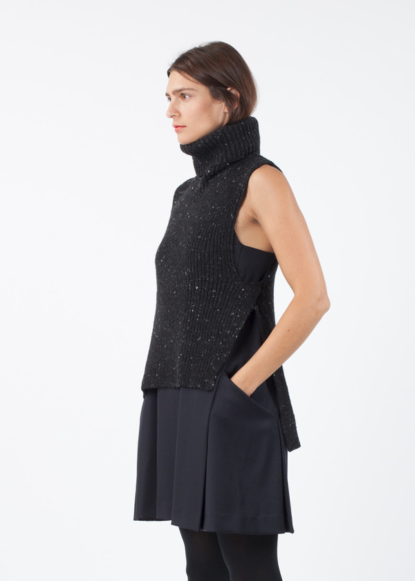 Ter et Bantine Turtleneck Sweater Vest