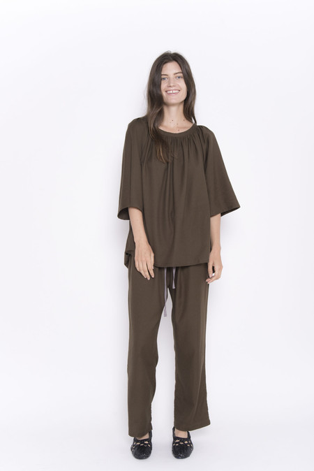 Namche Bazaar Pleat Top