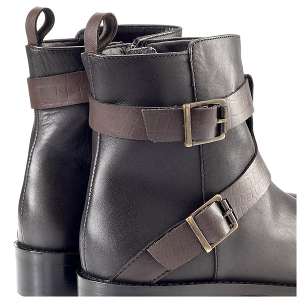Artemisia Tara Brown Leather Ankle Boots