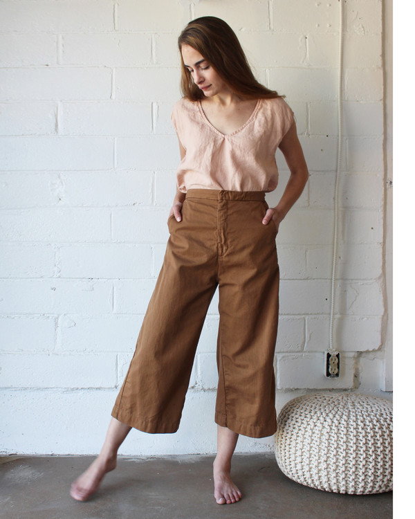 esby AVA CROPPED PANT - SIENNA