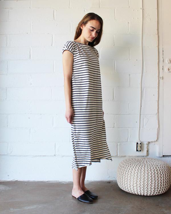 esby TALLULAH TEE DRESS - NAVY STRIPE