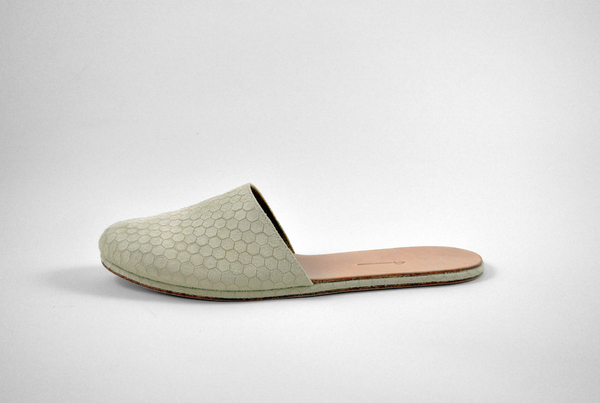 The Palatines Cognitio Mule w thong - beige hex leather