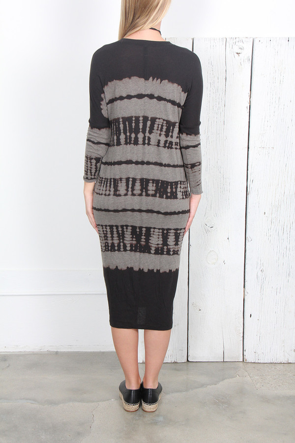 RAQUEL ALLEGRA BLACK TIE DYE JERSEY V-NECK DRESS