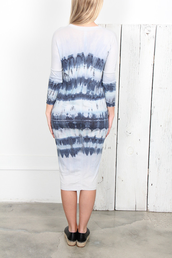 RAQUEL ALLEGRA BLUE TIE DYE JERSEY V-NECK DRESS