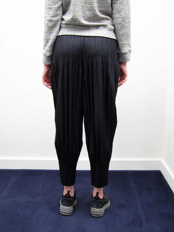 Issey Miyake Fluffy Pleat Pant