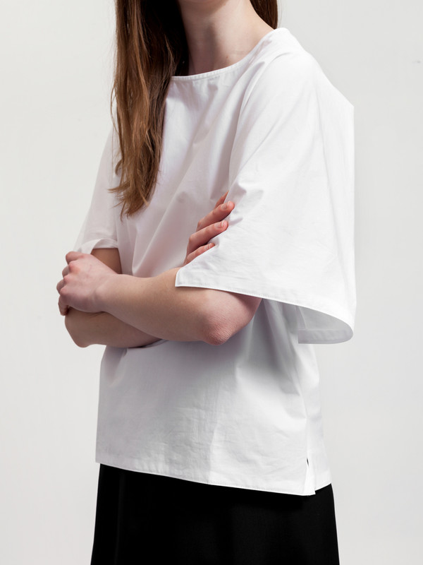 Stephan Schneider Top Solid White