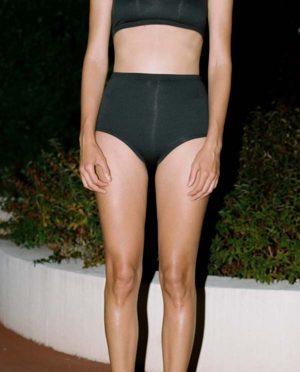 Baserange Black Highwaisted Swimpants