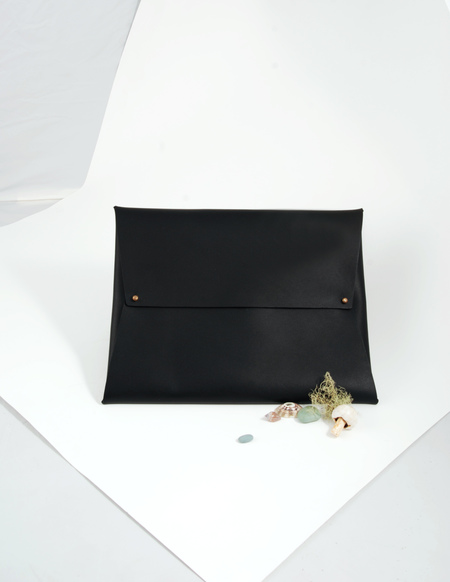 AW by Andrea Wong Envelope Portfolio | BLACK + DARK CHOCOLATE