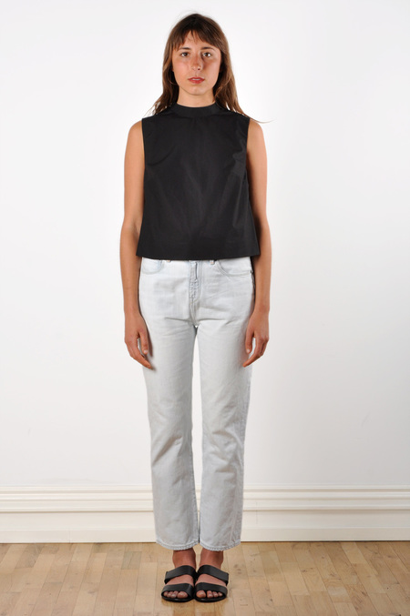 Waltz Mock Neck Sleeveless Top in Black Cotton Poplin
