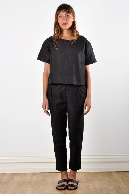 Waltz Ankle-Length Pleated Trouser in Black Cotton Twill