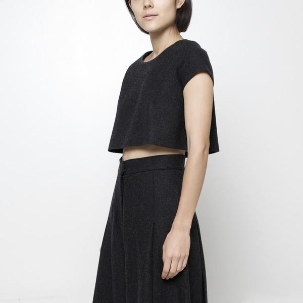 7115 by Szeki Wool Cropped Top