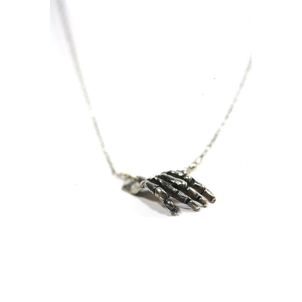 Unisex Rebel Ideal 'Silver Slap' Human Skeleton Hand Pendant on a Silver Rolo Chain