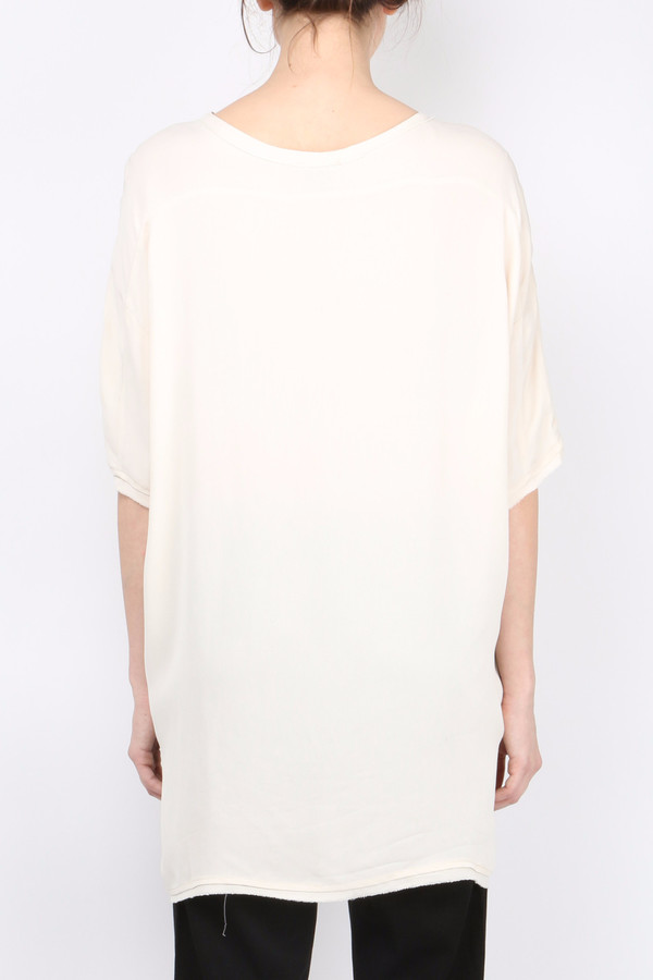 (nude) Round Neck T-Shirt