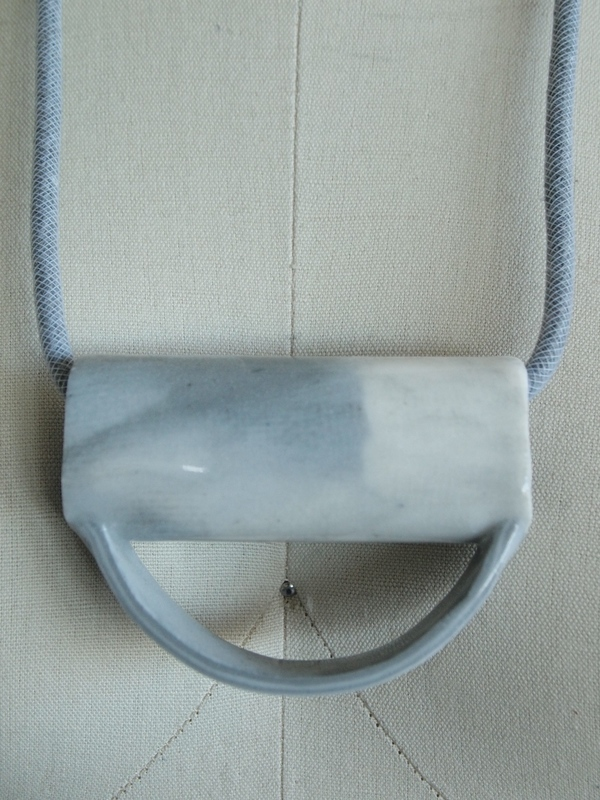 YYY marble half circle tube necklace