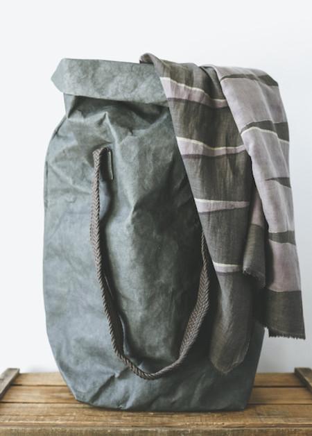 Uashmama - Carry Two in Grey or Dark Grey