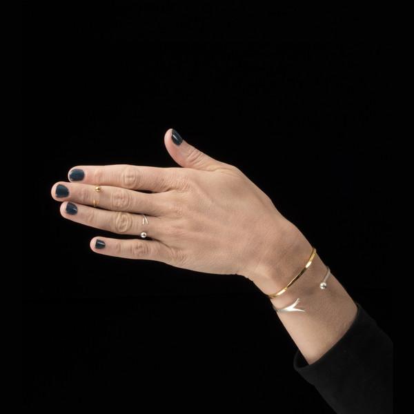 Alynne Lavigne Catch Cuff