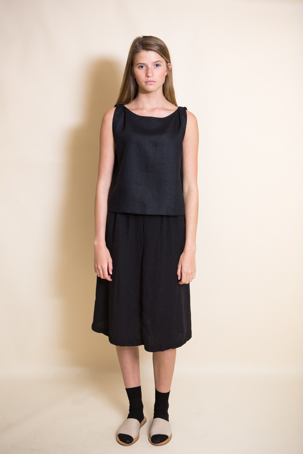 Ursa Minor Meg Top / Black Linen
