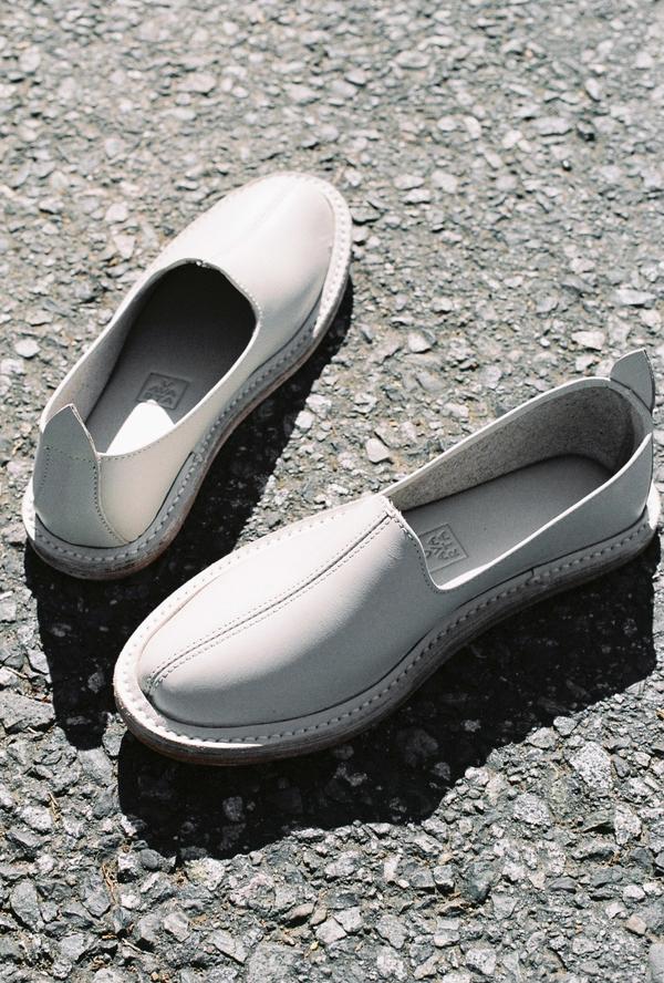 Vayarta Leather Slip On - tile