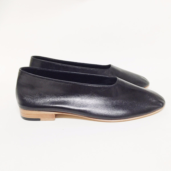Martiniano Black Glove Flat