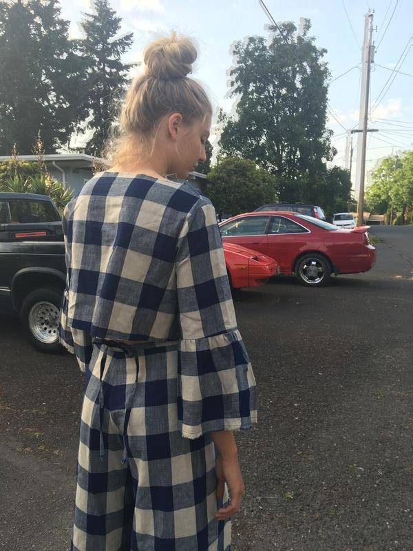 Alexa Stark plaid ruffle sleeve top