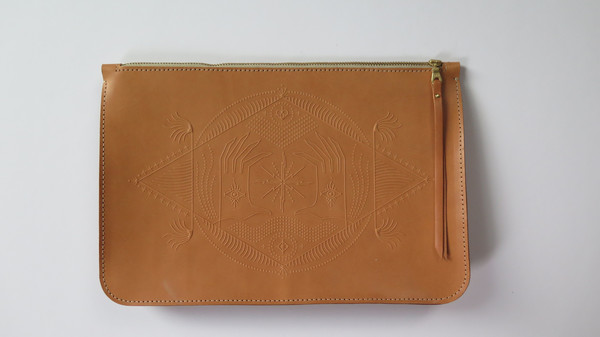 Animal Handmade Fear no Future Clutch - Tan
