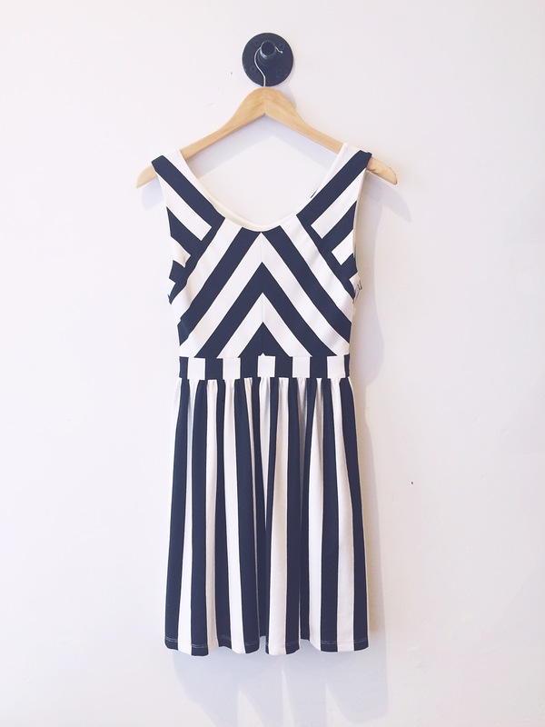 Eve Gravel Peppermint Dress
