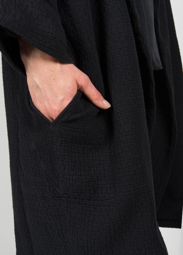 Black Crane - Quilt Coat in Black
