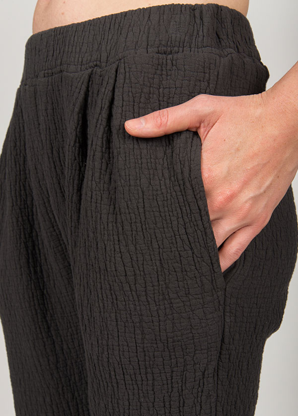 Black Crane - Quilt Pants in Ebony