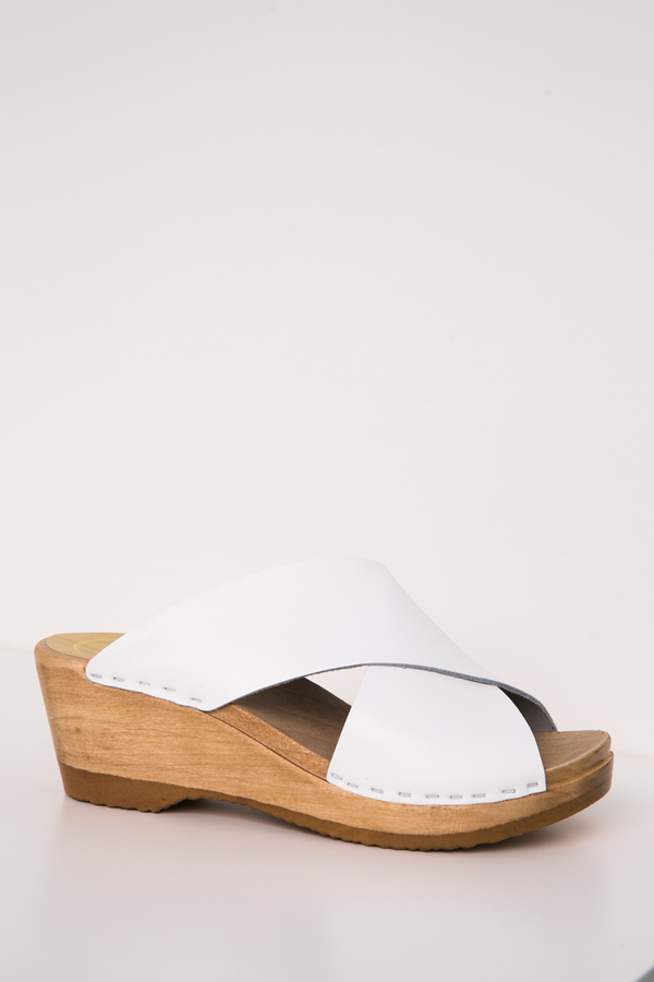 no. 6 frida clog on mid wedge