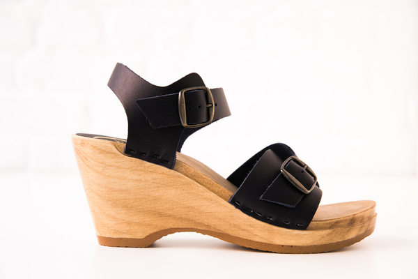 no.6 elenor clogs on wedge