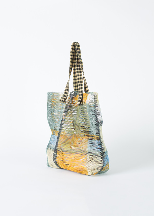 Epice Large Mesh Tote with Clutch