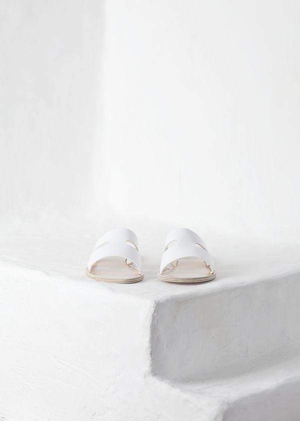 Ancient Greek Sandals Apteros - white