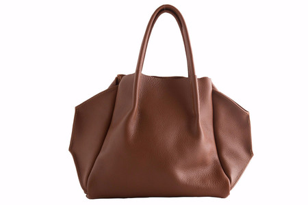 OLIVEVE zoe tote in cognac pebble cow leather