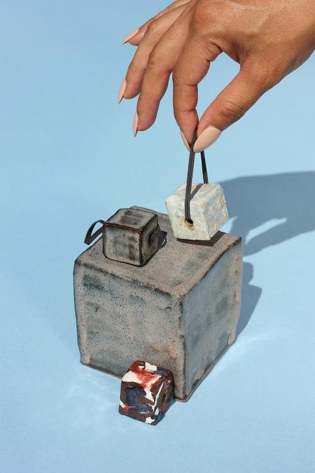 Minhs Little Pot Shop of Curiosities CUBES