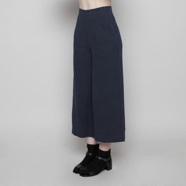 7115 by Szeki Wide-Legged Cropped Trouser- Navy FW16