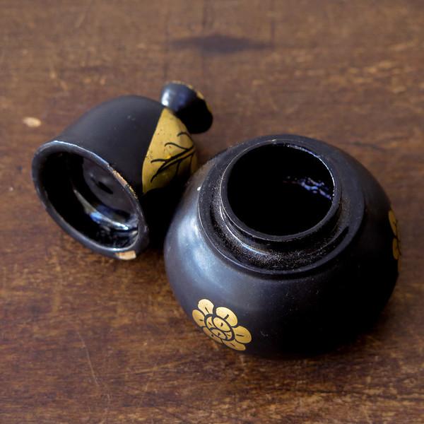 Erica Tanov lacquered pots