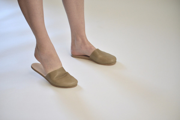 The Palatines Shoes Cognitio Mule - Olive Leather
