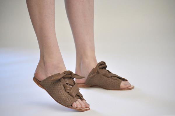 The Palatines Shoes Texo Sandal - Bark Hex Leather W Shiny Bark Ties
