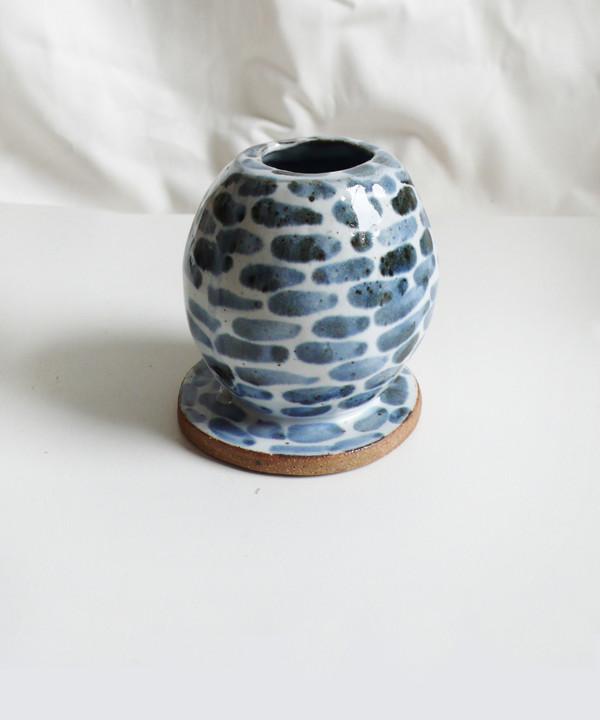Bzippy & Co. BZippy Blue & White Egg Vase